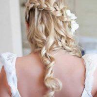 peinado trenza en cascada novia