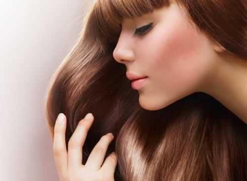 mejorando el cabello con Shampoo de MINOXIDIL