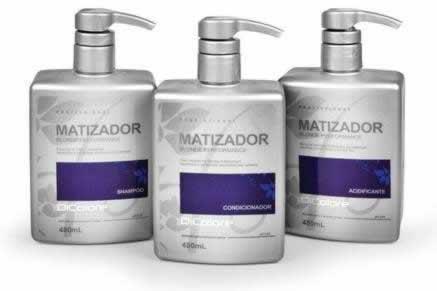 3 frascos de shampoo matizador