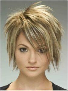 corte en capas en pelo corto y lacio
