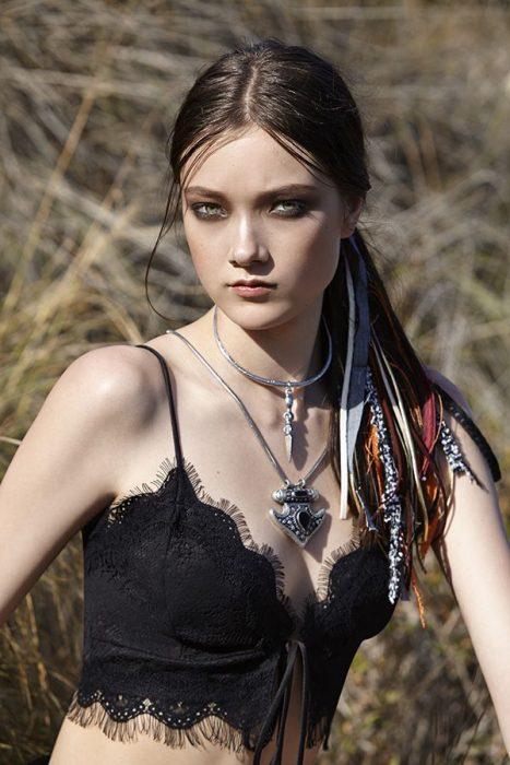 peinado-hippie coleta baja