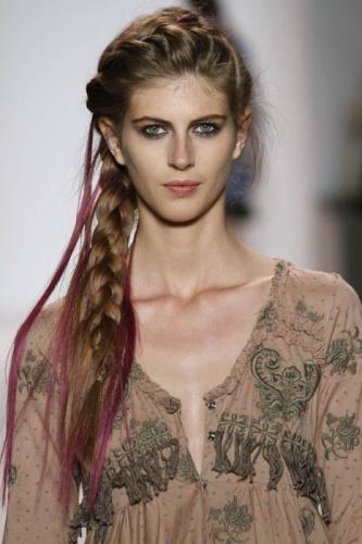 peinados-hippies trenza cruzada