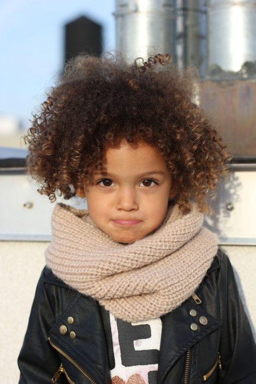 corte de pelo con rulos para niños