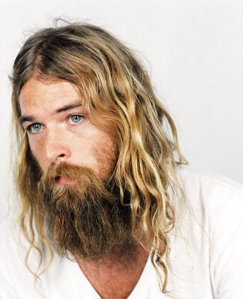 peinado hipster con barba