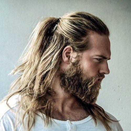 peinado hipster con pelo largo