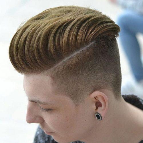 hombre con peinado hipster y linea lateral
