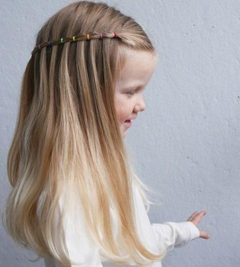niña pelo largo