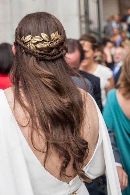 peinado griego con melena suelta