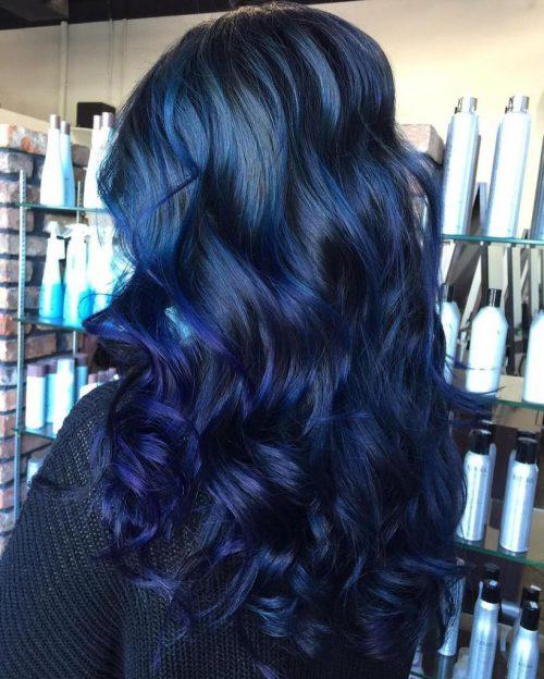 Mechas azules oscuro