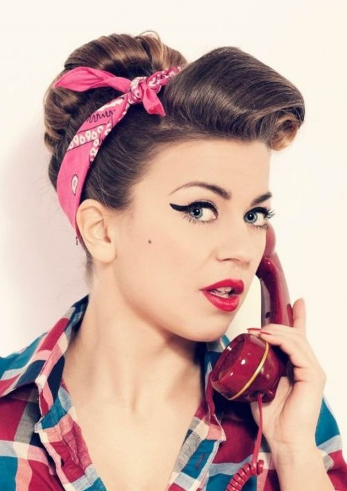 Peinados PIN UP con bandana