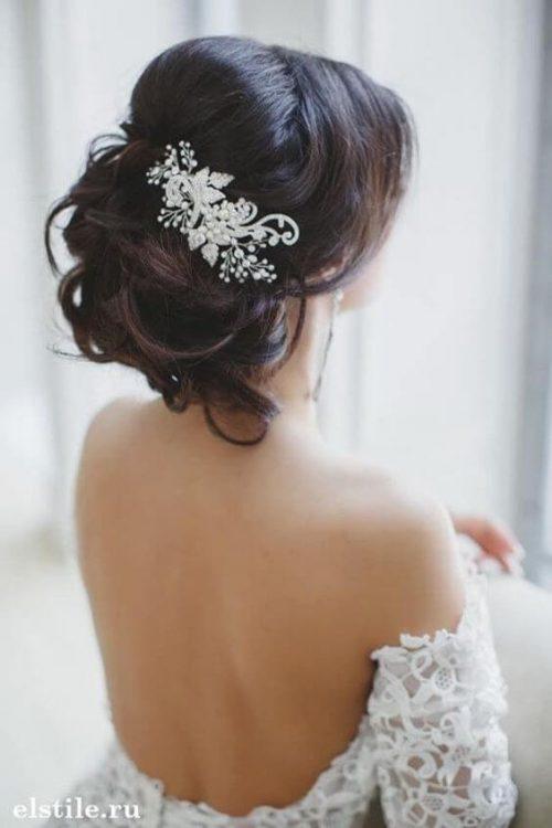 Peinados con tocados elegantes