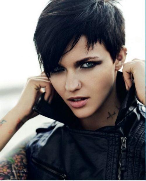 Peinados Rockeros Los 10 Más Elegidos Por Los Jóvenes 2021 Blog De Peluquería