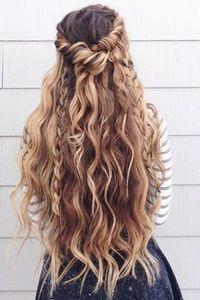 Peinados románticos cabello largo