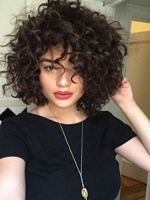 Peinados pelo corto rizado 14