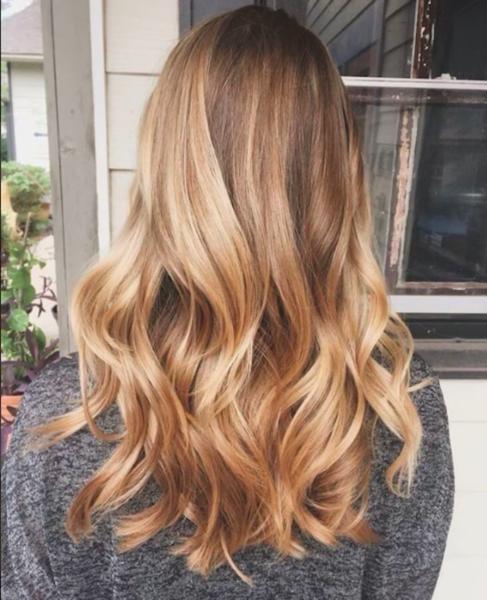Peinados para graduación con pelo suelto y ondas