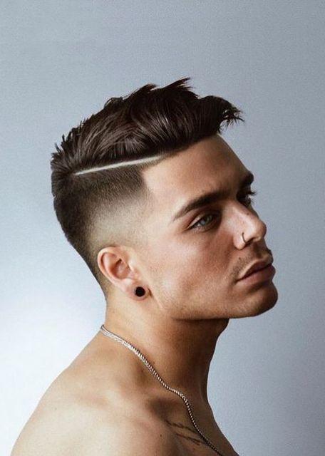 corte de pelo con linea lateral