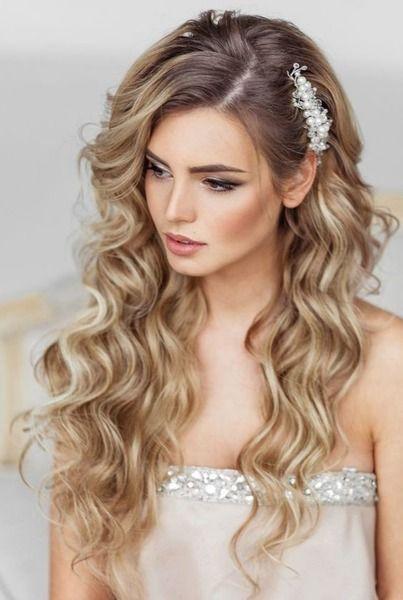 peinados para 15 años cabello con ondulaciones