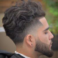 corte taper fade para cabello ondulado