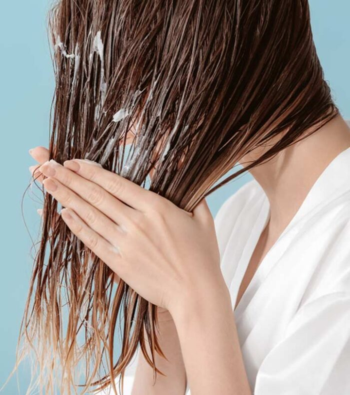 Mousse para el cabello liso